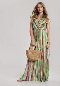 Renee - Zielona Sukienka Jenninora. Typ kołnierza: kołnierz z falbankami. Kolor: zielony. Materiał: materiał. Typ sukienki: kopertowe. Długość: maxi
