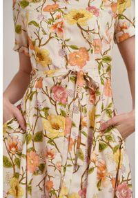 Marie Zélie - Sukienka Marina Suita kremowa. Kolor: kremowy. Materiał: bawełna, wiskoza, materiał. Sezon: lato. Typ sukienki: szmizjerki