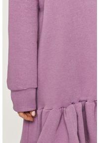 Fioletowa sukienka Answear Lab oversize, z kapturem, na co dzień, wakacyjna