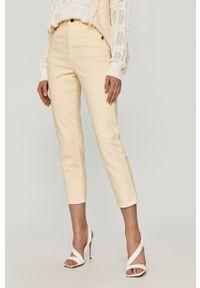 Żółte jeansy loose fit Patrizia Pepe gładkie, klasyczne, z podwyższonym stanem