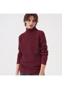 Czerwony sweter Sinsay z golfem