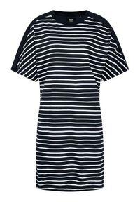 Superdry Sukienka codzienna W8010644A Granatowy Relaxed Fit. Okazja: na co dzień. Kolor: niebieski. Typ sukienki: proste. Styl: casual