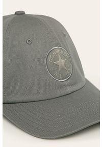 Szara czapka z daszkiem Converse z aplikacjami