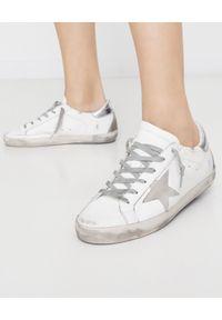 GOLDEN GOOSE - Sneakersy Superstar ze srebrną piętą. Okazja: na co dzień. Kolor: biały. Materiał: guma, zamsz. Wzór: aplikacja
