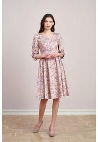 Marie Zélie - Sukienka Odette Lorica różowa. Kolor: różowy. Materiał: bawełna, satyna, tkanina, materiał