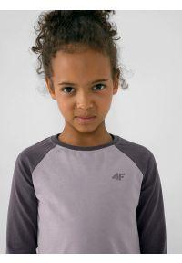 4f - Longsleeve gładki dziewczęcy. Kolor: szary. Materiał: bawełna, dzianina. Długość rękawa: długi rękaw. Wzór: gładki