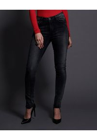 ONETEASPOON - Czarne jeansy Freebirds II. Stan: podwyższony. Kolor: czarny. Sezon: jesień. Styl: vintage