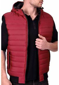 Czerwony płaszcz IVET z kapturem