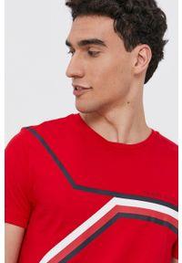 TOMMY HILFIGER - Tommy Hilfiger - T-shirt bawełniany. Okazja: na co dzień. Kolor: czerwony. Materiał: bawełna. Wzór: nadruk. Styl: casual