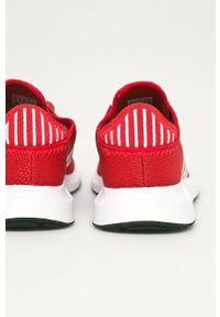 Czerwone sneakersy adidas Originals na sznurówki, z cholewką, do biegania