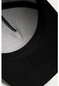 Szara czapka z daszkiem Billabong z aplikacjami
