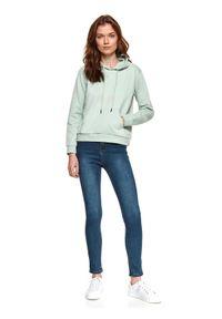 TOP SECRET - Spodnie jeansowe skinny. Okazja: na co dzień. Kolor: niebieski. Materiał: jeans. Sezon: wiosna. Styl: klasyczny, casual