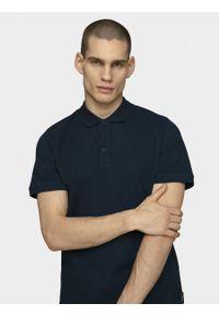 outhorn - Koszulka polo męska. Typ kołnierza: polo. Materiał: bawełna, materiał. Długość rękawa: krótki rękaw