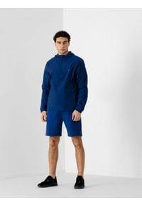 4f - Spodenki dresowe męskie. Okazja: na co dzień. Kolor: niebieski. Materiał: dresówka. Styl: casual