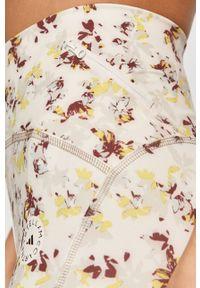 Białe szorty Adidas by Stella McCartney casualowe, na co dzień