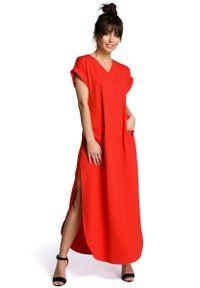 MOE - Czerwona Wyjściowa Długa Sukienka z Rozcięciami na Bokach. Kolor: czerwony. Materiał: bawełna, elastan. Styl: wizytowy. Długość: maxi