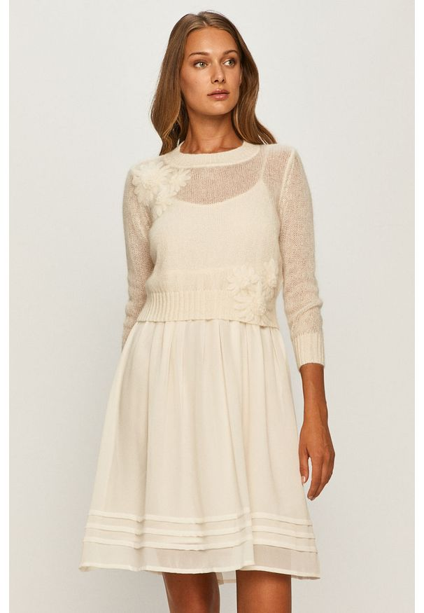 Kremowa sukienka TwinSet casualowa, mini, rozkloszowana, na co dzień