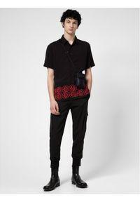 Czarne spodnie Hugo