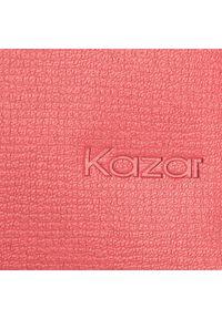 Czerwona torebka klasyczna Kazar na ramię, z tłoczeniem
