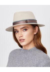 MAISON MICHEL PARIS - Beżowy kapelusz Andre. Kolor: beżowy. Materiał: len. Wzór: aplikacja. Sezon: lato