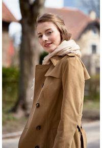 Marie Zélie - Trencz Adria bawełna z elastanem kamelowy. Materiał: bawełna, elastan. Sezon: lato. Styl: klasyczny #5