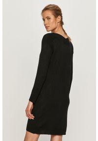 Czarna sukienka only z dekoltem w łódkę, na co dzień, z długim rękawem