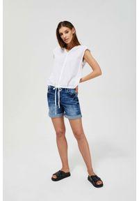 MOODO - Szorty jeansowe. Okazja: na co dzień. Stan: podwyższony. Materiał: jeans. Wzór: gładki. Styl: casual