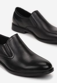 Born2be - Czarne Półbuty Aesapius. Nosek buta: okrągły. Zapięcie: bez zapięcia. Kolor: czarny. Szerokość cholewki: normalna. Wzór: gładki. Wysokość cholewki: przed kostkę. Materiał: skóra. Obcas: na obcasie. Styl: klasyczny. Wysokość obcasa: niski