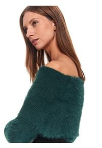 TOP SECRET - Sweter golf długi rękaw damski luźny. Okazja: na co dzień. Typ kołnierza: golf. Kolor: zielony. Materiał: materiał. Długość rękawa: długi rękaw. Długość: długie. Styl: casual