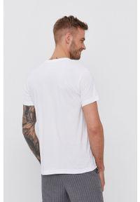 Diesel - T-shirt bawełniany. Okazja: na co dzień. Kolor: biały. Materiał: bawełna. Wzór: nadruk. Styl: casual