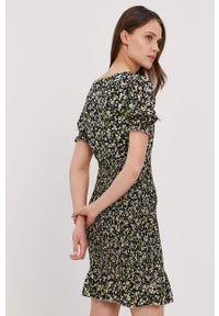 Wielokolorowa sukienka Tommy Jeans z krótkim rękawem, na co dzień
