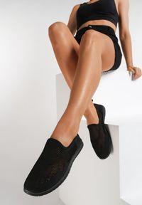 Czarne tenisówki Renee