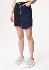 Born2be - Niebiesko-Czarna Spódnica Aweather. Kolor: niebieski. Materiał: denim