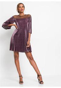 Sukienka plisowana z brokatowym połyskiem bonprix ciemny lila - srebrny. Kolor: fioletowy