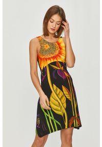 Czarna sukienka Desigual mini, bez rękawów, w kwiaty, casualowa