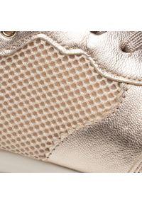 Caprice - Sneakersy CAPRICE - 9-23717-26 Platino Comb 945. Okazja: na co dzień, na spacer. Kolor: złoty. Materiał: skóra ekologiczna, materiał. Szerokość cholewki: normalna. Sezon: lato. Obcas: na płaskiej podeszwie. Styl: casual