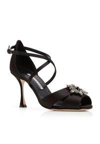 MANOLO BLAHNIK - Satynowe sandały na szpilce Danna. Nosek buta: otwarty. Zapięcie: pasek. Kolor: czarny. Materiał: satyna. Wzór: kwiaty, paski, aplikacja. Obcas: na szpilce. Wysokość obcasa: średni
