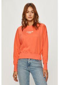 Różowa bluza Calvin Klein Jeans z nadrukiem, casualowa, na co dzień, bez kaptura