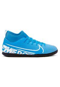 Buty dla dzieci do piłki nożnej Nike Mercurial Superfly 7 Club IN AT8153. Materiał: skóra, syntetyk. Szerokość cholewki: normalna. Sport: piłka nożna