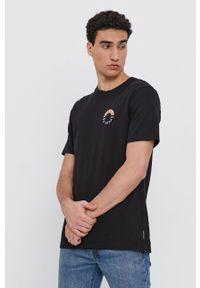 Scotch & Soda - T-shirt bawełniany. Okazja: na co dzień. Kolor: czarny. Materiał: bawełna. Wzór: nadruk. Styl: casual