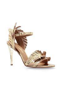 Sandały Arturo Vicci eleganckie, z paskami, z aplikacjami