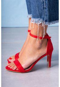 Casu - Czerwone sandały szpilki z zakrytą piętą paskiem wokół kostki ze skórzaną wkładką casu a20x2/r. Zapięcie: pasek. Kolor: czerwony. Materiał: skóra. Obcas: na szpilce