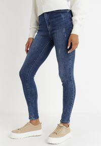Born2be - Niebieskie Jeansy Skinny Petidanea. Stan: podwyższony. Kolor: niebieski. Długość: długie. Wzór: aplikacja
