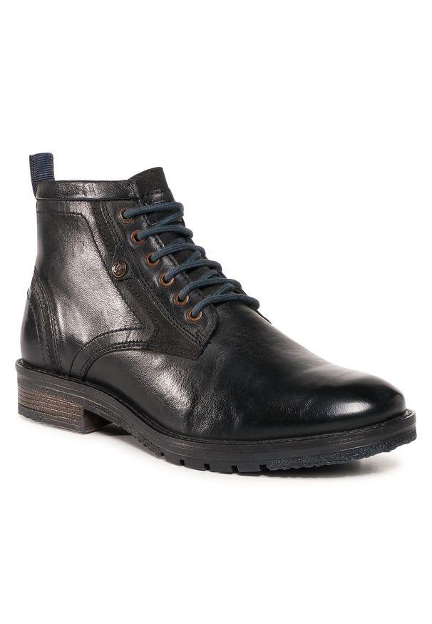 Czarne buty zimowe Wrangler z cholewką