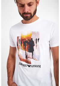 Emporio Armani - T-SHIRT EMPORIO ARMANI. Długość rękawa: krótki rękaw. Długość: krótkie. Wzór: haft, nadruk, kolorowy