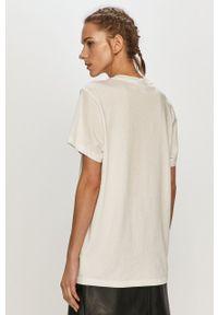 adidas Originals - T-shirt. Kolor: biały. Materiał: dzianina. Wzór: gładki