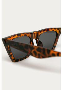 Brązowe okulary przeciwsłoneczne Pieces