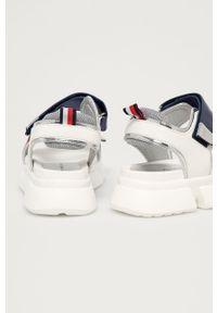 Białe sandały TOMMY HILFIGER na rzepy