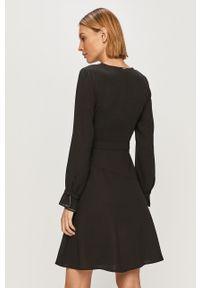 Czarna sukienka Liu Jo z długim rękawem, gładkie