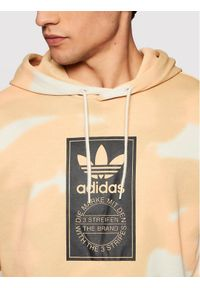 Adidas - adidas Bluza Camo Allover Print GN1880 Beżowy Regular Fit. Kolor: beżowy. Wzór: nadruk